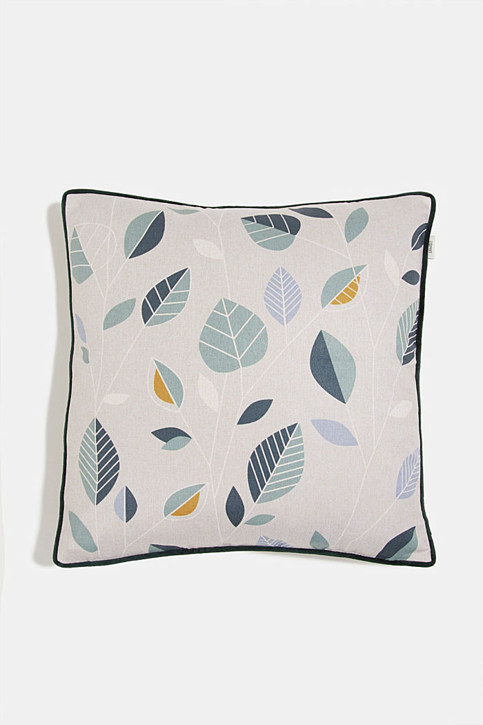 Cushion cover with a leaf pattern