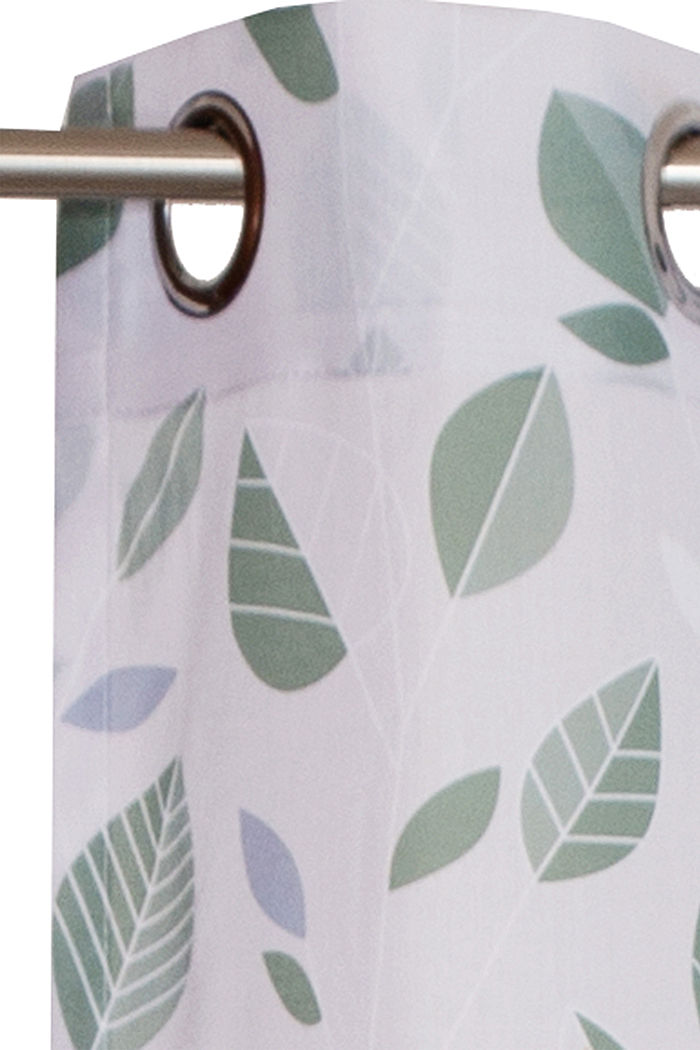 Eyelet curtain with leaf pattern