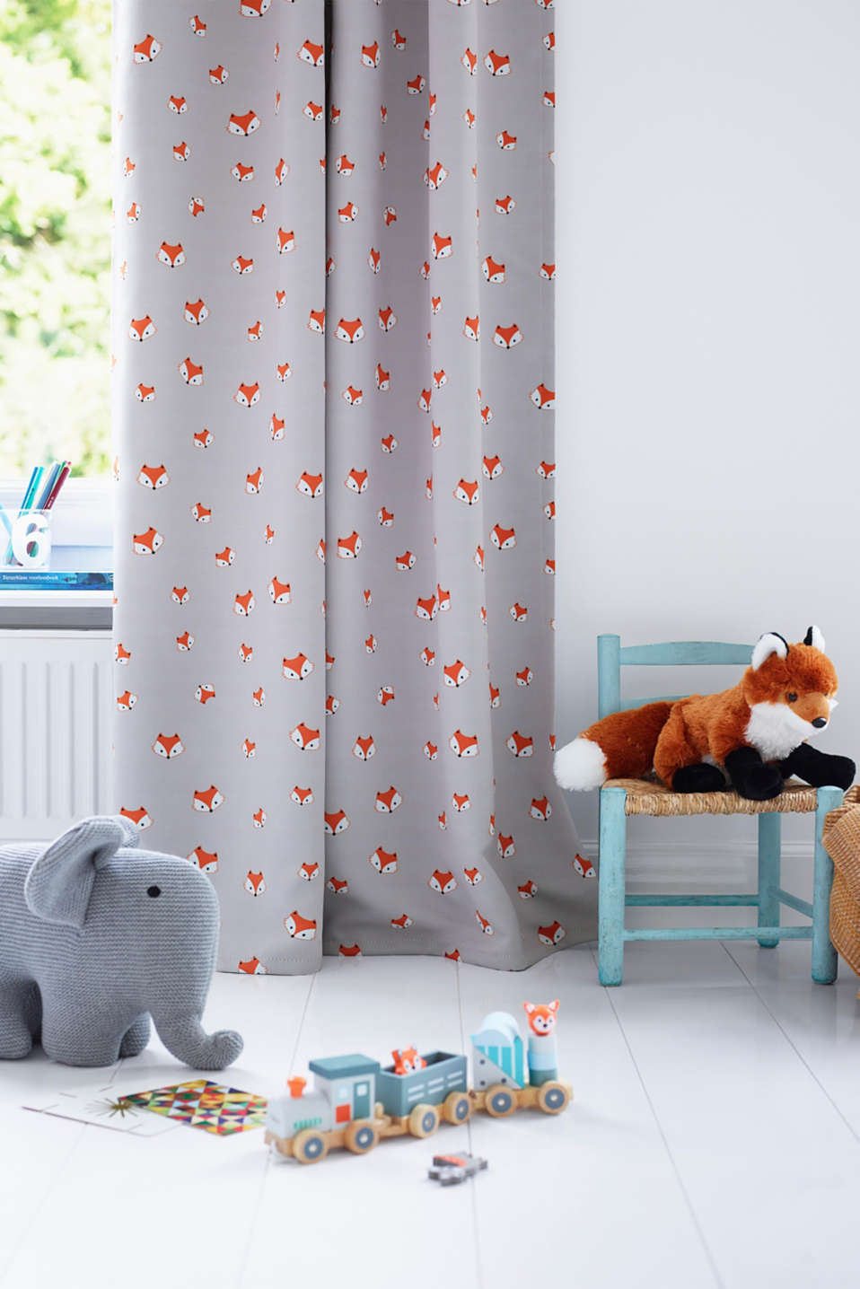 Esprit - Blackout curtain with fox motifs