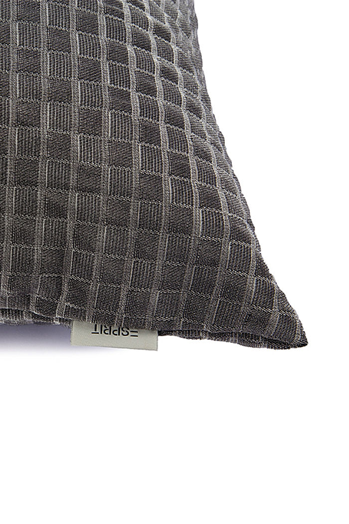 Recycled: Cushion cover with a 3D check pattern