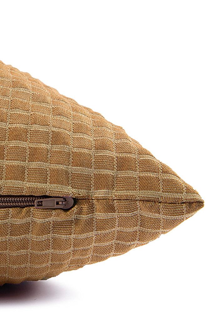 En matière recyclée: La housse de coussin à carreaux en 3D, CURRY, detail image number 4