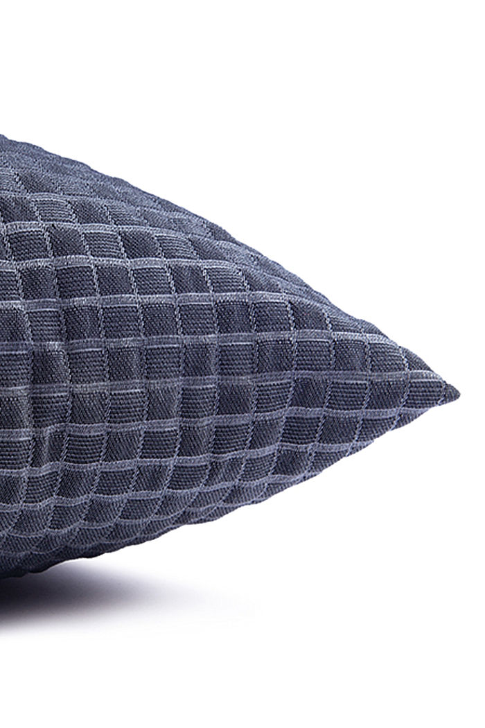 Recycled: Cushion cover with a 3D check pattern, NAVY, detail image number 1