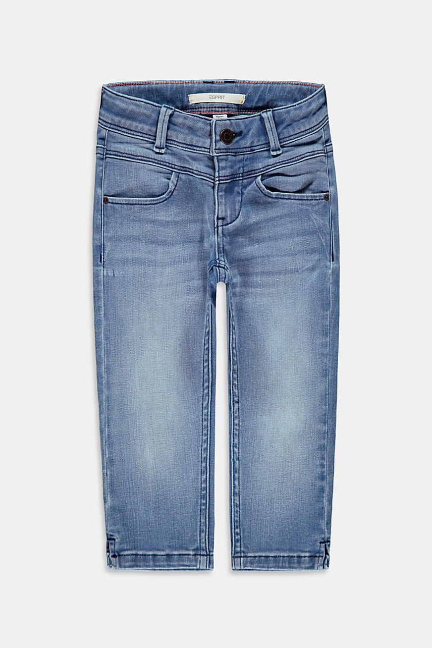 Capris jeans with an adjustable waistband