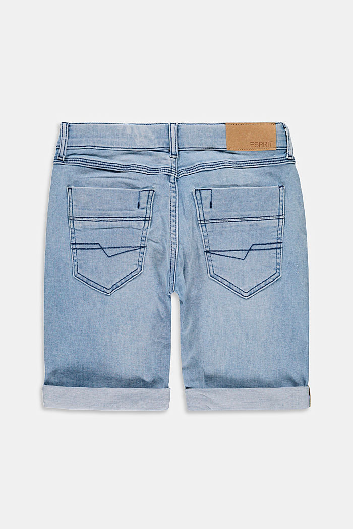 Denim shorts with an adjustable waistband