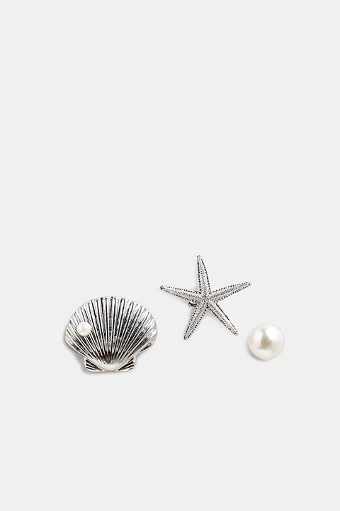 Set of three metal pin brooches