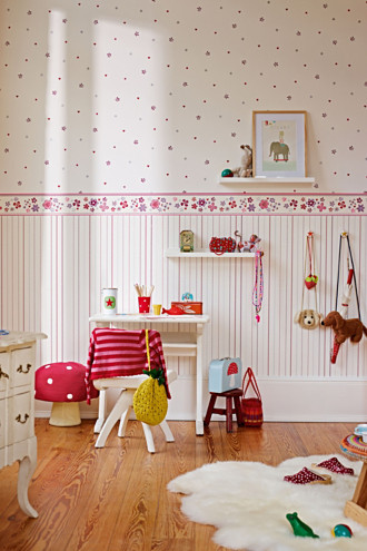 non-woven wallpaper, girls dreams pattern