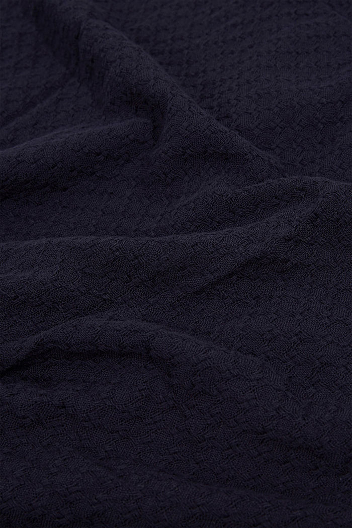 Textured scarf made of 100% organic cotton, NAVY, detail image number 2