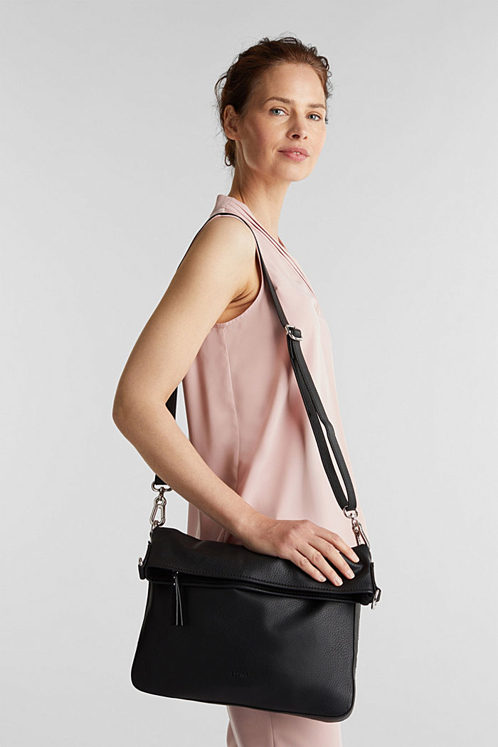 Flap Over-Bag in Leder-Optik