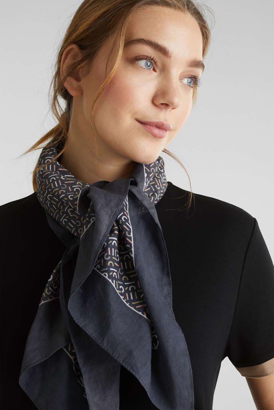 Monogram scarf made of 100% cotton, BLACK, detail image number 1