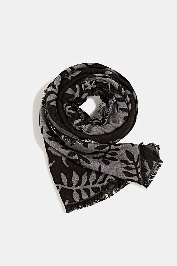 Scarf with LENZING™ ECOVERO™