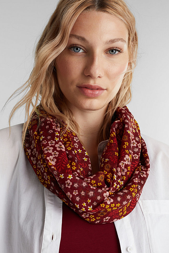 Recycled: snood scarf with a floral print, GARNET RED, detail image number 1