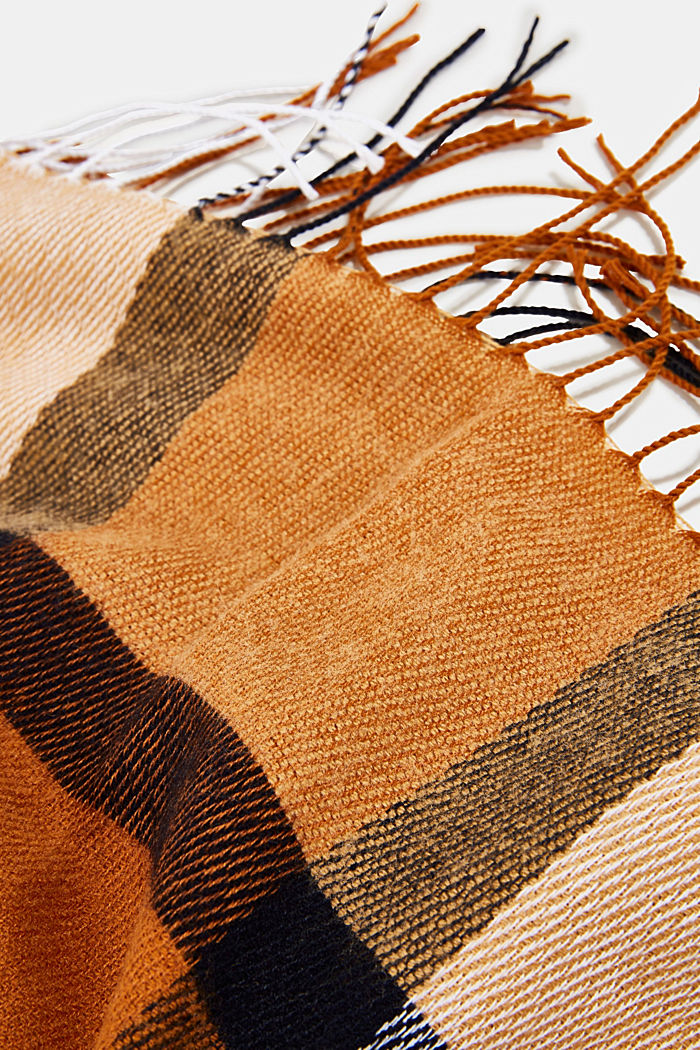 Recycled: woven scarf with a checked pattern, CAMEL, detail image number 2
