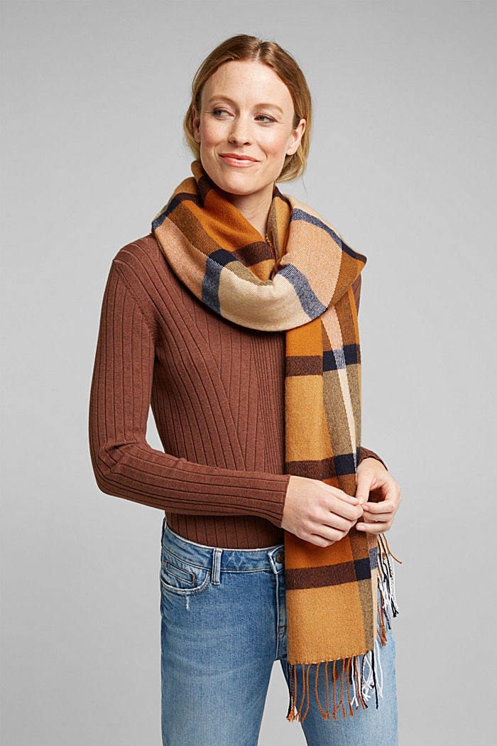 Recycled: woven scarf with a checked pattern, CAMEL, detail image number 1