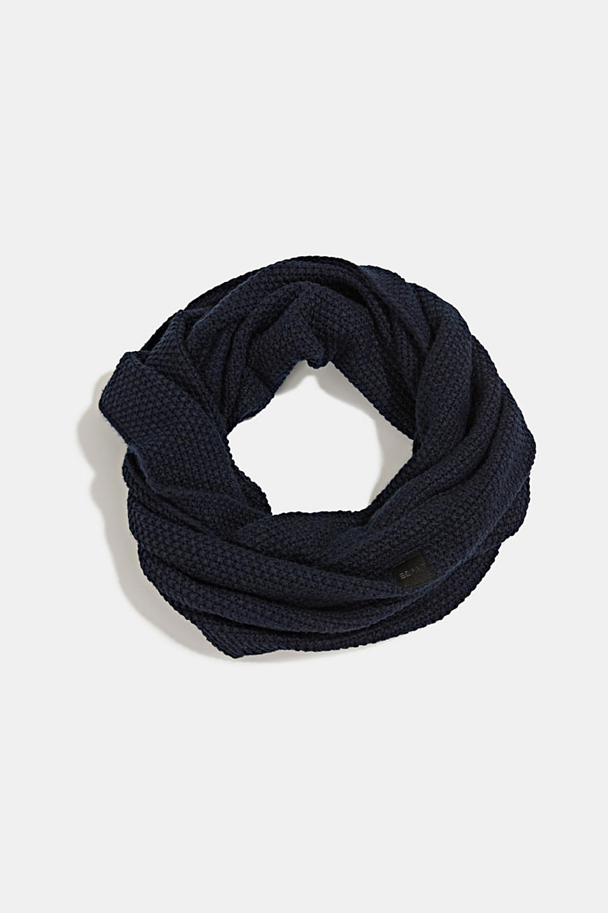 Snood scarf made of recycled yarn
