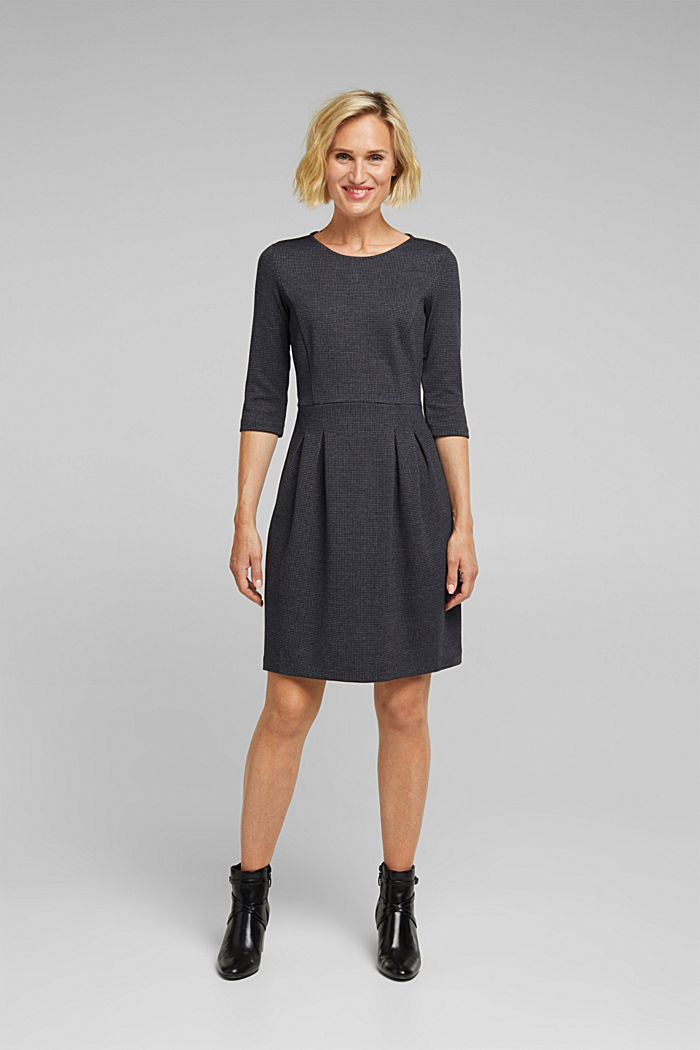 Jersey dress with a mini houndstooth pattern