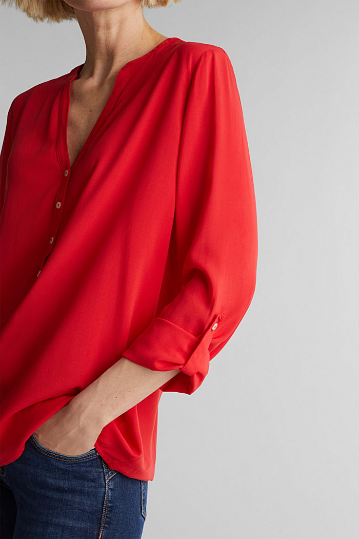 Henley-Bluse aus LENZING™ ECOVERO™, RED, detail image number 2