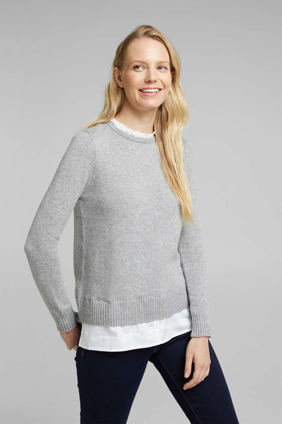 Esprit - Wool blend: jumper with a frilled blouse insert