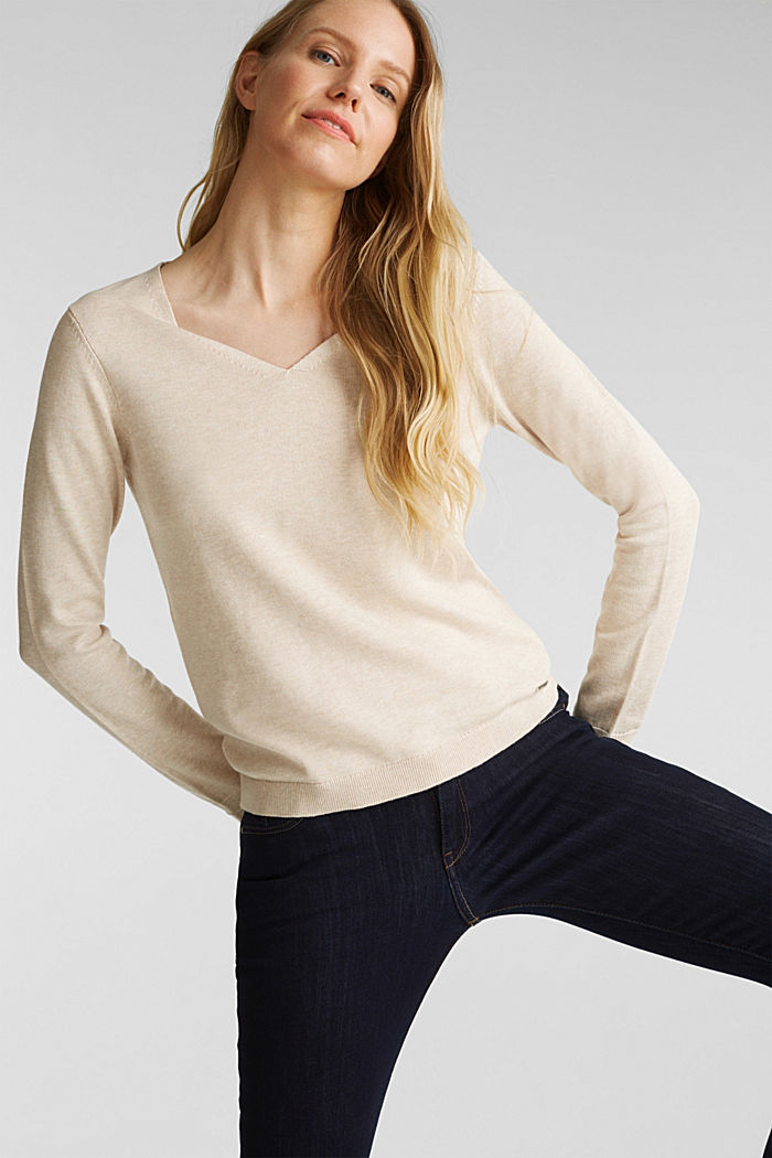 V-neck jumper containing organic cotton, SAND, detail image number 0