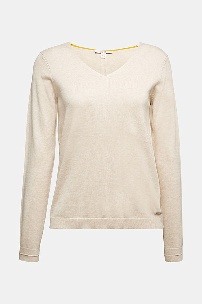 V-neck jumper containing organic cotton