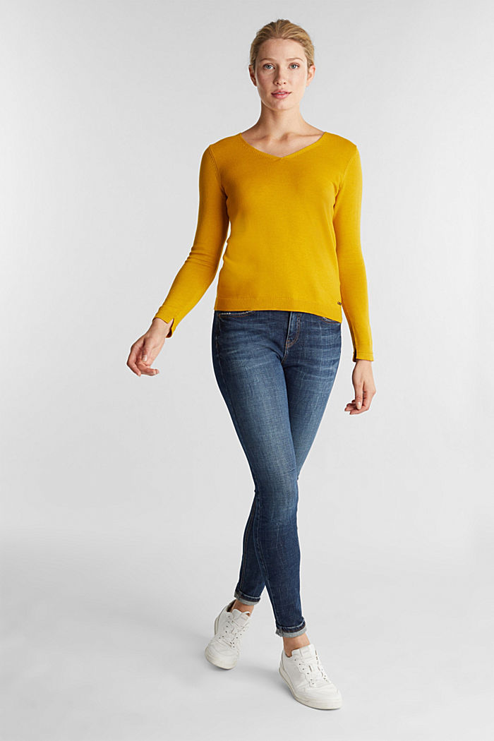 V-neck jumper containing organic cotton, BRASS YELLOW, detail image number 1