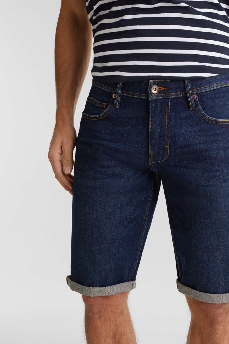 Denim shorts with organic cotton, BLUE DARK WASH, detail image number 2