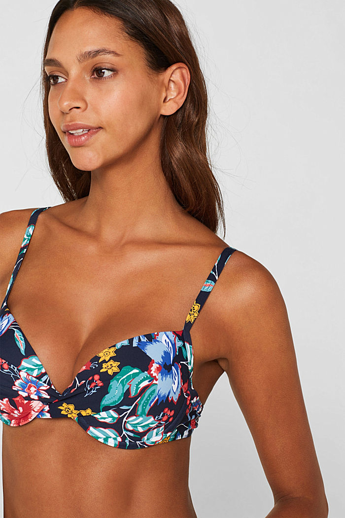 Push-up top with a floral print