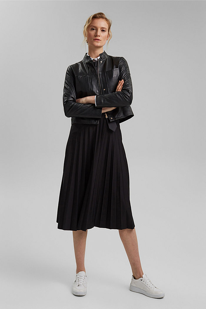 Recycled: Pleated skirt with an elasticated waistband, BLACK, detail image number 1