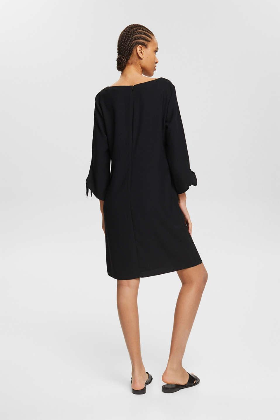 Crêpe dress with laser-cut details, BLACK, detail image number 2