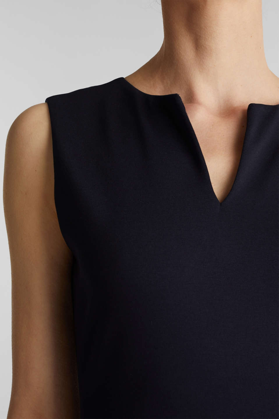 Sleeveless shift dress made of stretch jersey, NAVY, detail image number 3