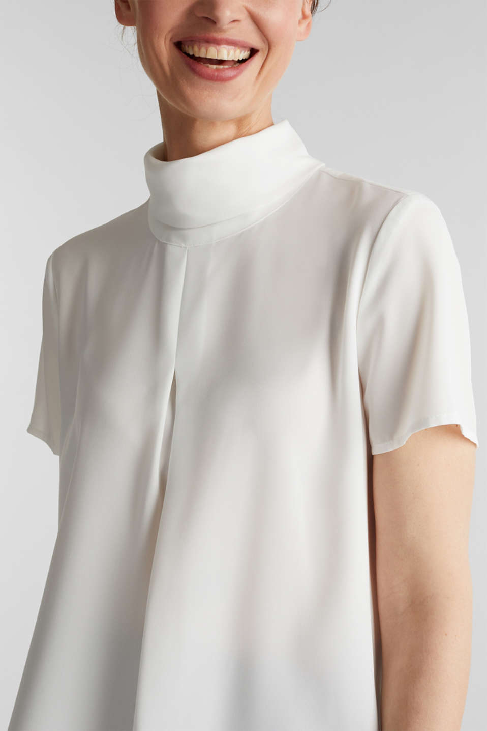 Blouse made of recycled fabric with a front pleat, OFF WHITE, detail image number 2