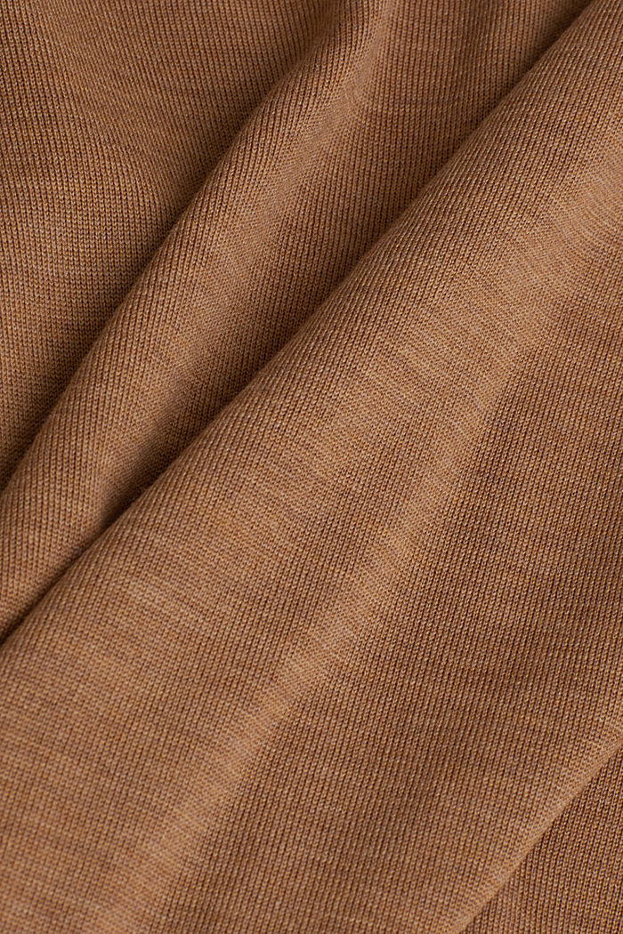 Made of 100% merino wool: crewneck jumper, CAMEL, detail image number 4