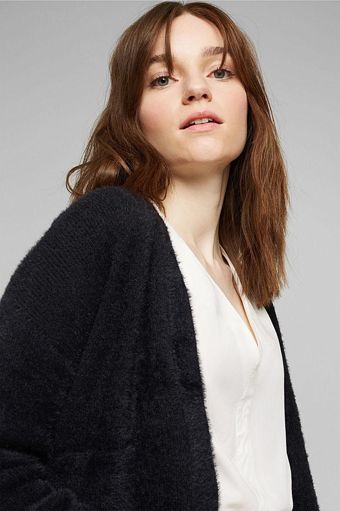 V-neck blouse made of LENZING™ ECOVERO™, OFF WHITE, detail image number 5