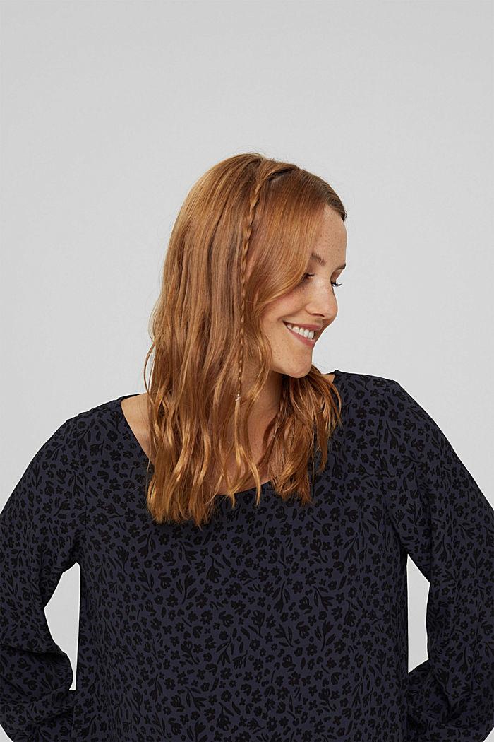 Gebloemde blouse met volantdetails, LENZING™ ECOVERO™, NAVY, detail image number 6