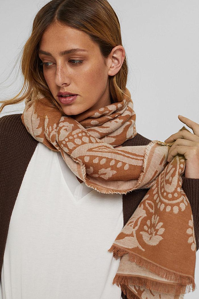 Sjaal van een katoenmix met paisleymotief, CARAMEL, detail image number 3