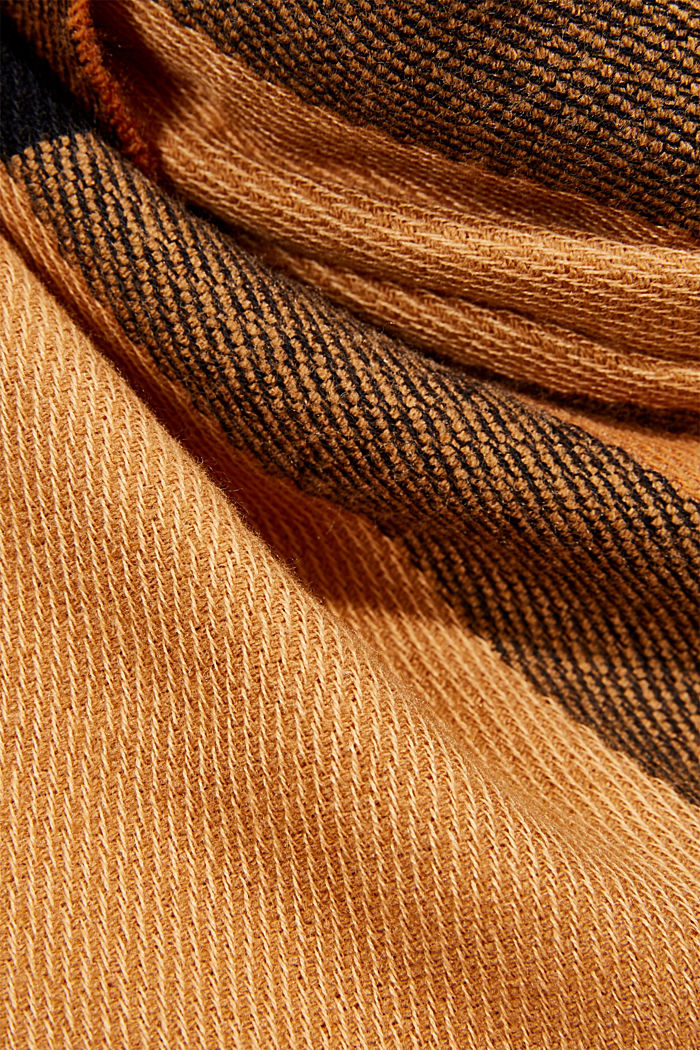Recycled: large woven check scarf, CARAMEL, detail image number 2