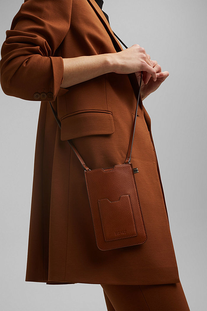 Smartphone bag in faux leather, RUST BROWN, detail image number 3