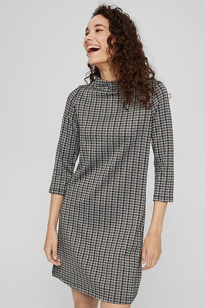 Recycelt: Jerseykleid mit Karomuster