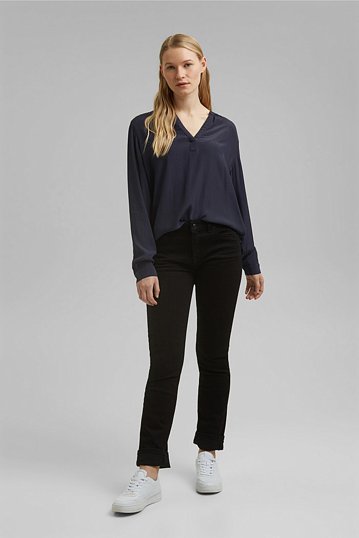Blouse made of LENZING™ ECOVERO™ viscose, NAVY, detail image number 1