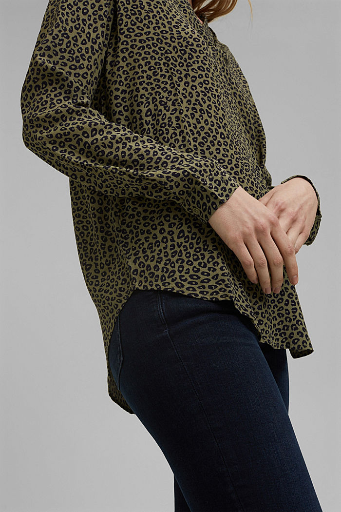 Blouse made of LENZING™ ECOVERO™ viscose, KHAKI GREEN, detail image number 2