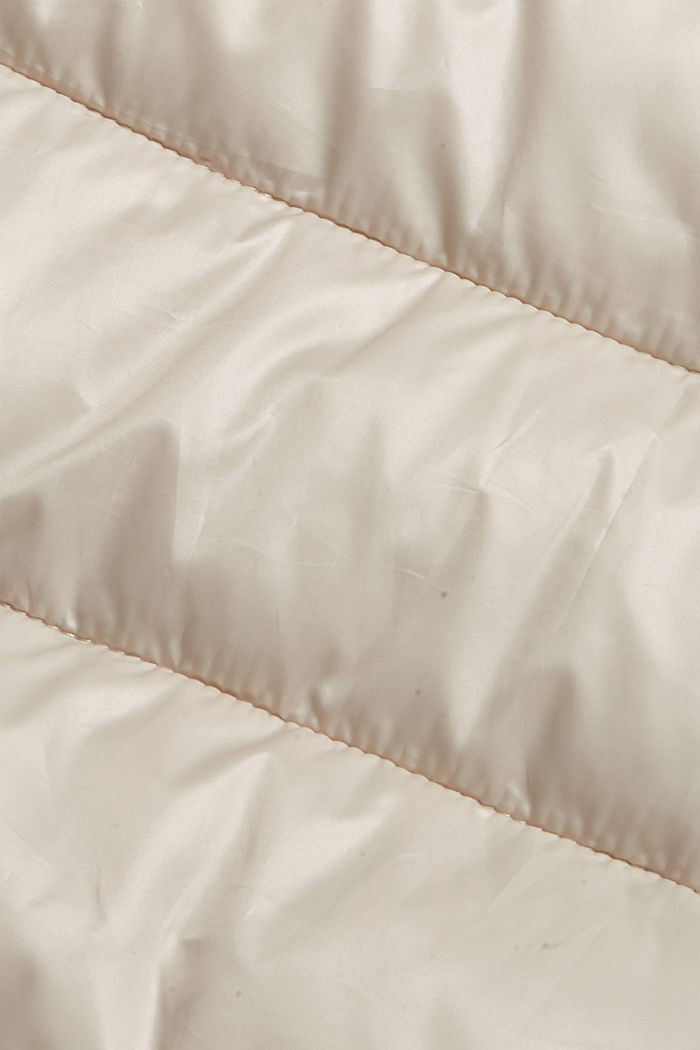 Kierrätettyä: huippukevyt, hupullinen tikkiliivi, CREAM BEIGE, detail image number 4