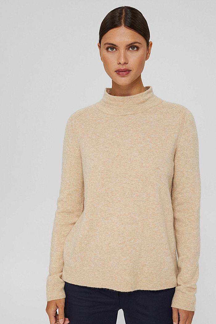 Con lana: pullover con collo a lupetto, SAND, detail image number 0