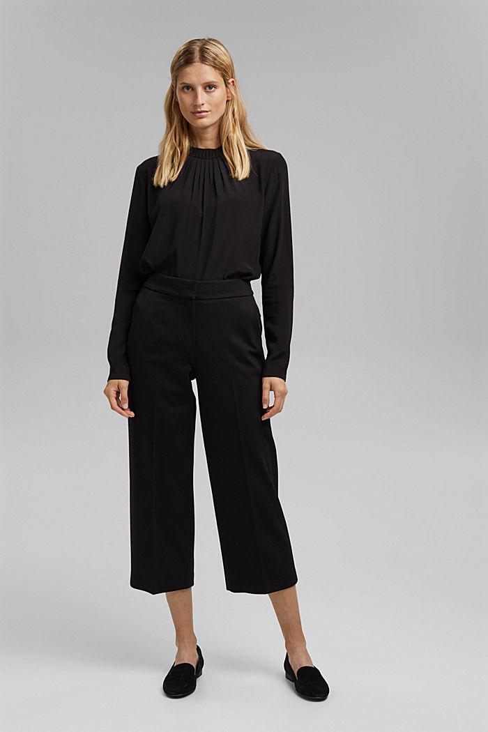 Pleat detail blouse containing LENZING™ ECOVERO™, BLACK, detail image number 1