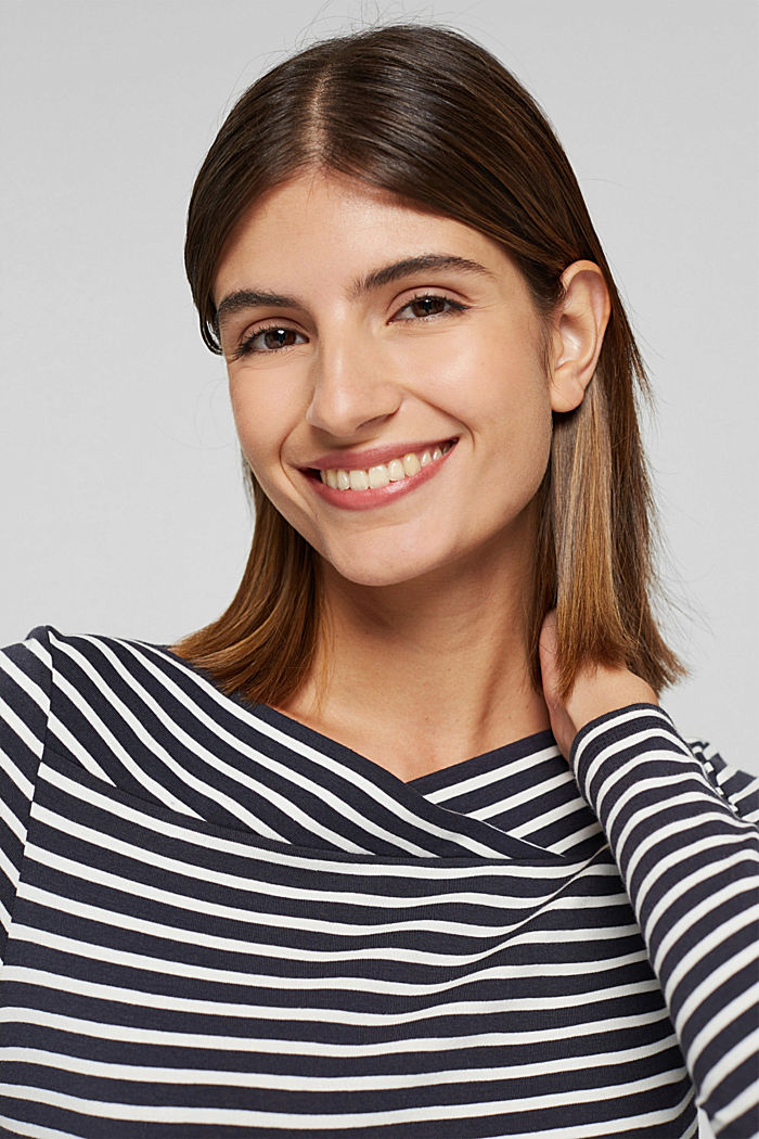 In a TENCEL™/ modal blend: Striped shirt, NAVY, detail image number 6