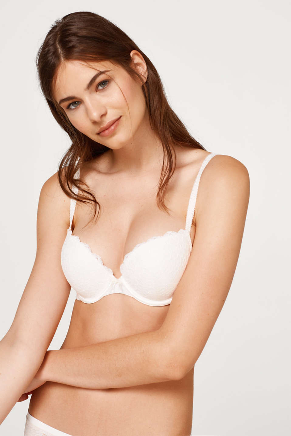 Esprit - underwire bra with elegant lace