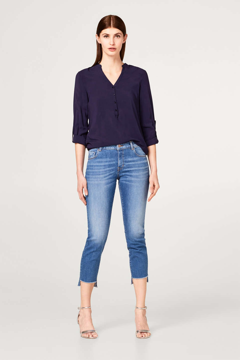 Flowing turn up viscose blouse