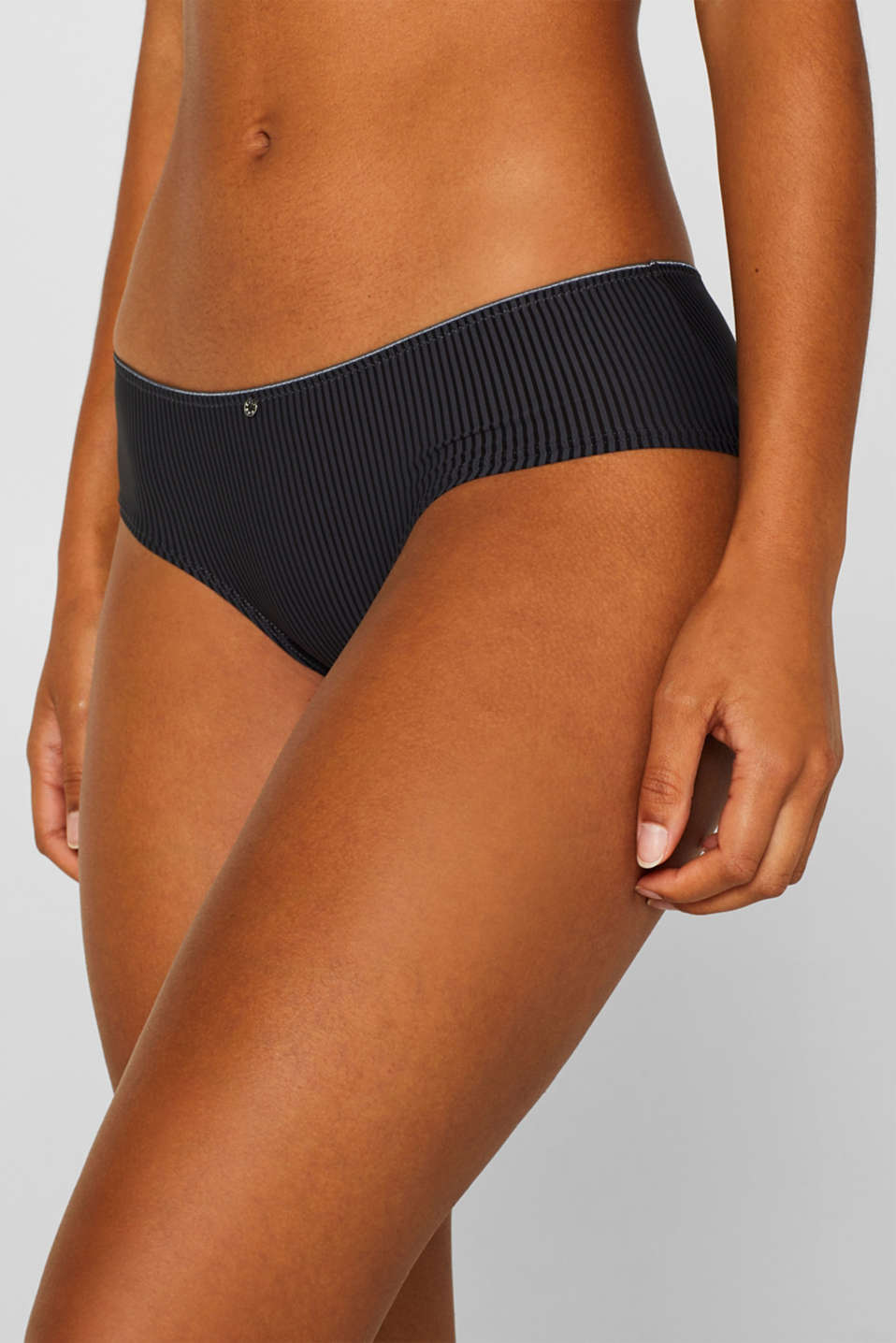 shorts with textured stripes, HOT STONE, detail image number 0
