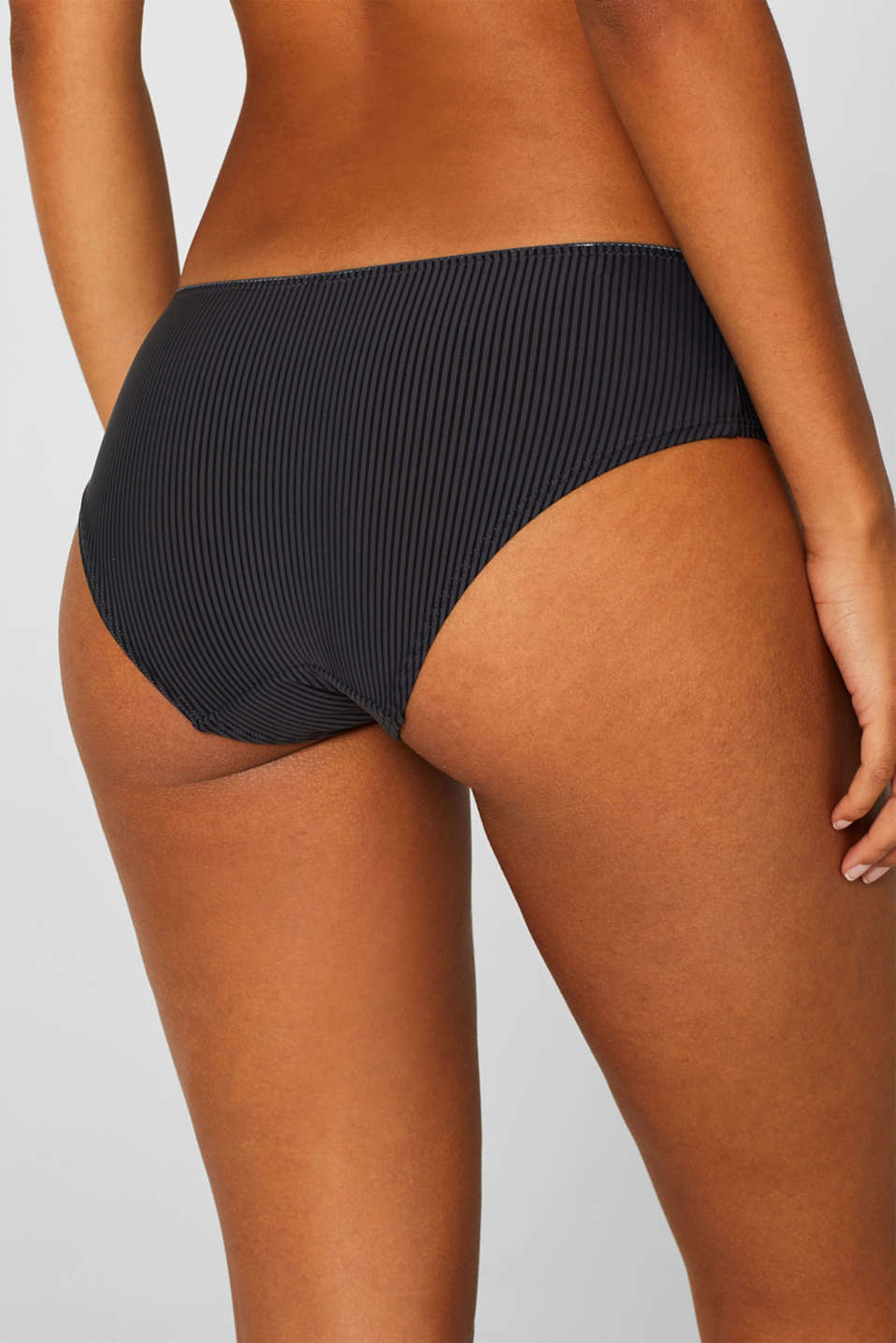 shorts with textured stripes, HOT STONE, detail image number 2