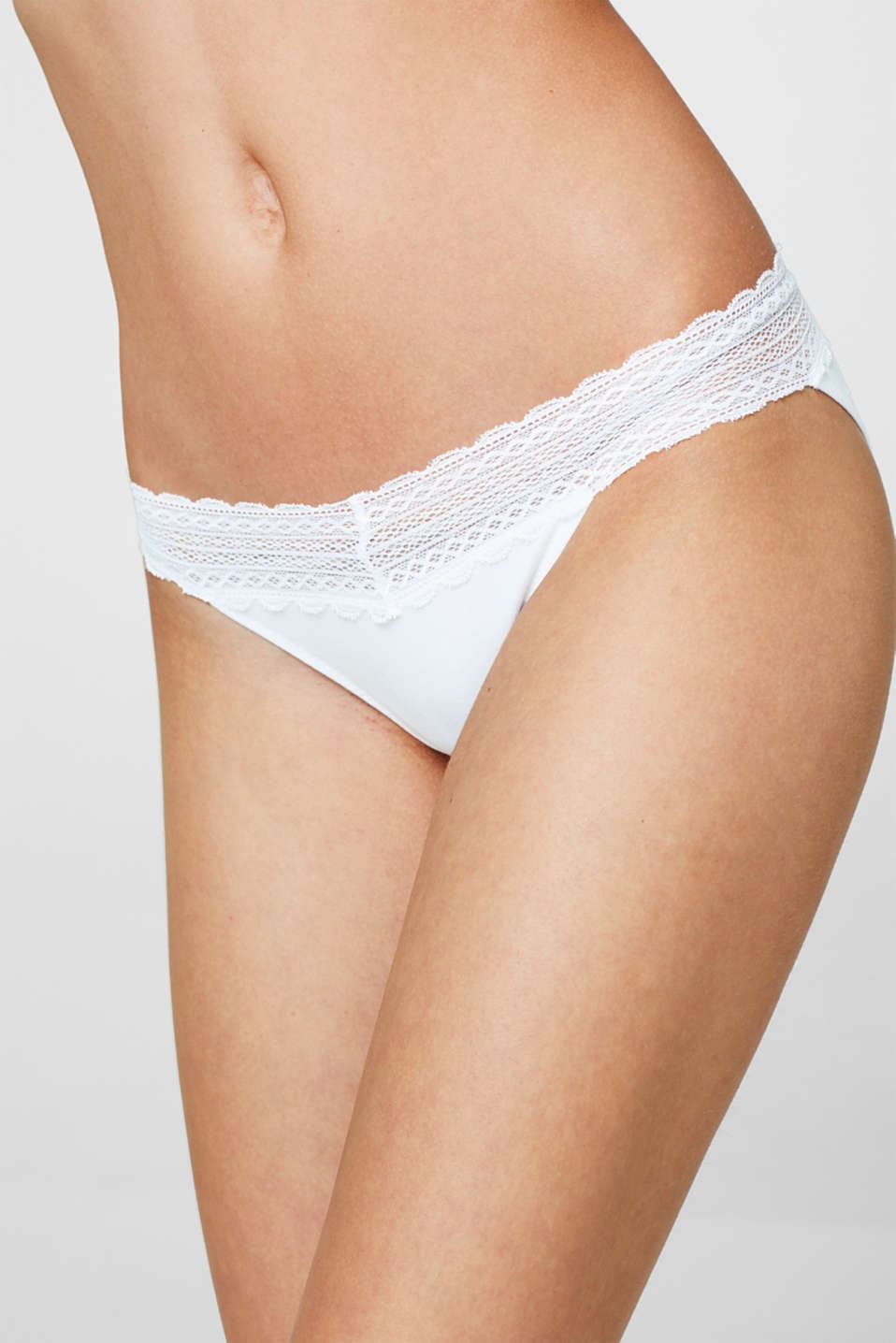 Hipster briefs with lace in a double pack