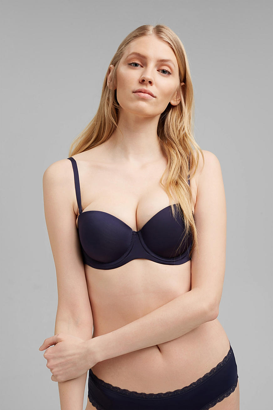 Underwire bra with detachable straps