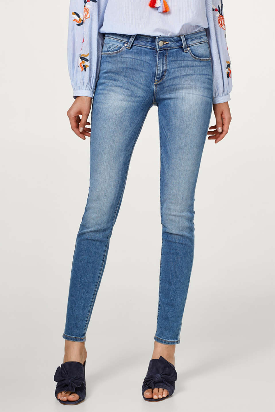 Esprit - Smalle stretchjeans i basic-look